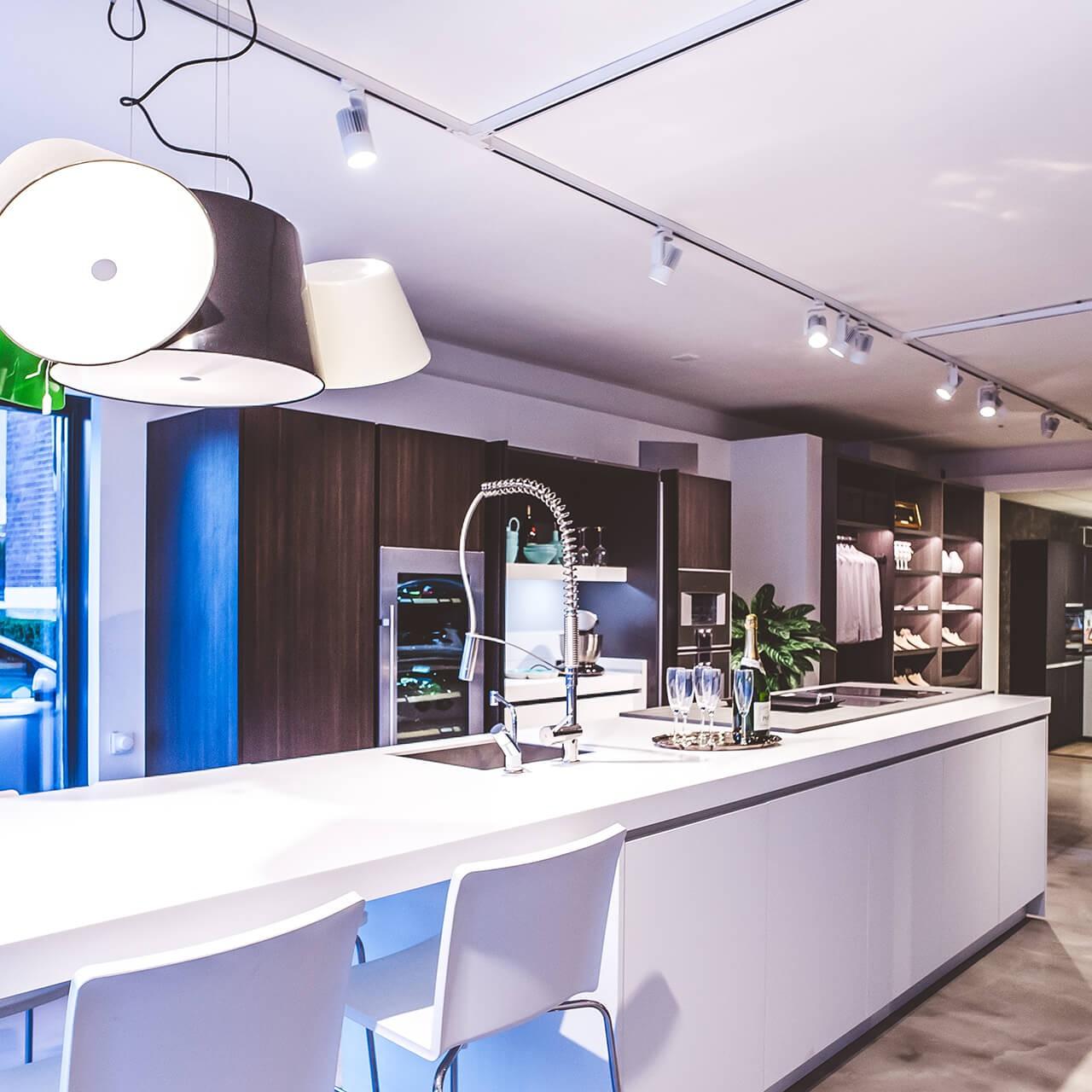 Van Leerzem Keukens BELT installatietechniek domotica BELT Bavel KNX